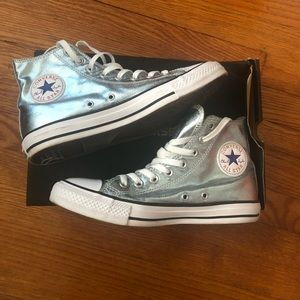 Worn ONCE Metallic Glacier Converse!